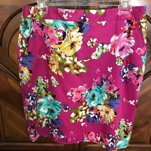Floral skirt, never worn.